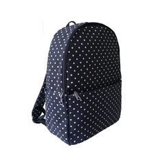Batoh - tečkovaný do školy černý